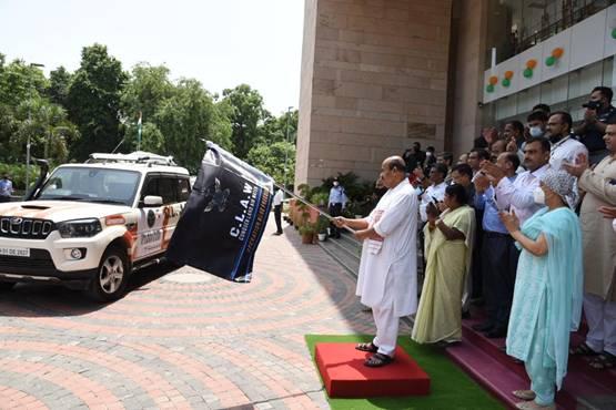 Union Minister Dr. Virendra Kumar flags off 'Operation Blue Freedom'| കേന്ദ്ര മന്ത്രി ഡോ.വീരേന്ദ്ര കുമാർ 'ഓപ്പറേഷൻ ബ്ലൂ ഫ്രീഡം' ഫ്ലാഗ് ഓഫ് ചെയ്യുന്നു_40.1