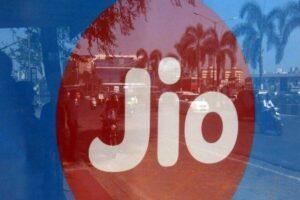 Reliance Jio joins global consortium to build undersea cable network   रिलायन्स जिओ समुद्रखालून केबल नेटवर्क तयार करण्यासाठी ग्लोबल कन्सोर्टियममध्ये सामील_40.1