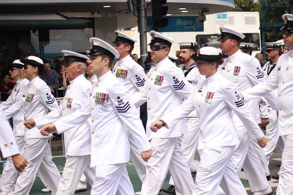 Marine merchant of salary a Salary of