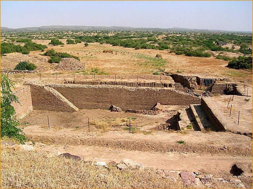 Dholavira: A City of Harappan Civilization_30.1