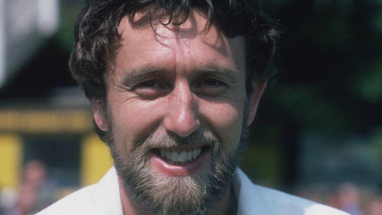 Mike Hendrick passes away | মাইক হেন্ড্রিক প্রয়াত হলেন_40.1