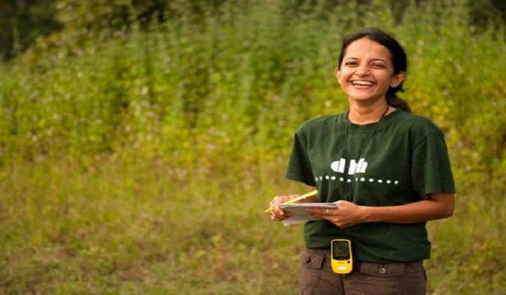 Krithi Karanth becomes 1st Indian woman to get 'Wild Innovator Award | கிருதி கரந்த் வன கண்டுபிடிப்பாளர் விருதைப் பெற்ற முதல் இந்தியப் பெண் ஆவார் |_40.1