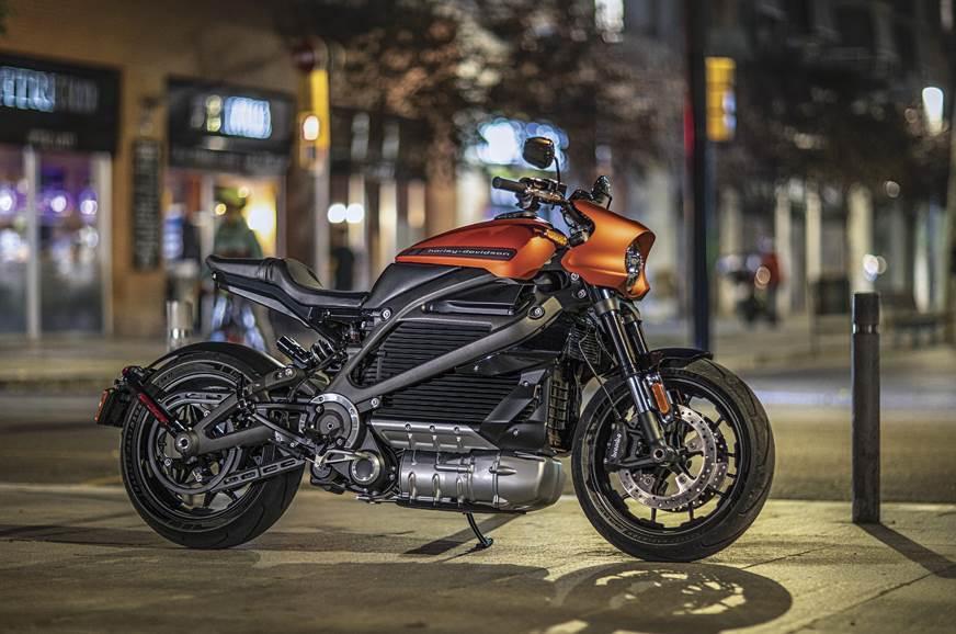 Harley-Davidson launches all-electric motorcycle brand 'LiveWire' | ஹார்லி-டேவிட்சன் முழுமையான-எலக்ட்ரிக் மோட்டார் சைக்கிள் பிராண்டான 'லைவ்வைர்' ஐ அறிமுகப்படுத்துகிறது |_40.1