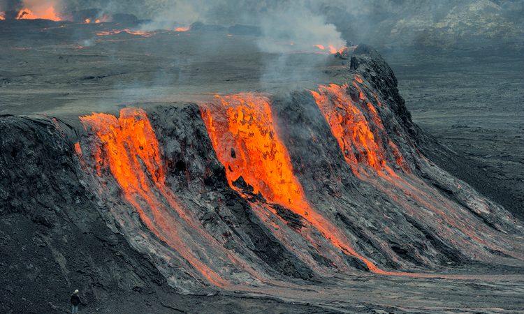 Mount Nyiragongo erupts in the Republic of Congo | காங்கோ குடியரசில் நைராகோங்கோ மலை வெடித்தது |_40.1