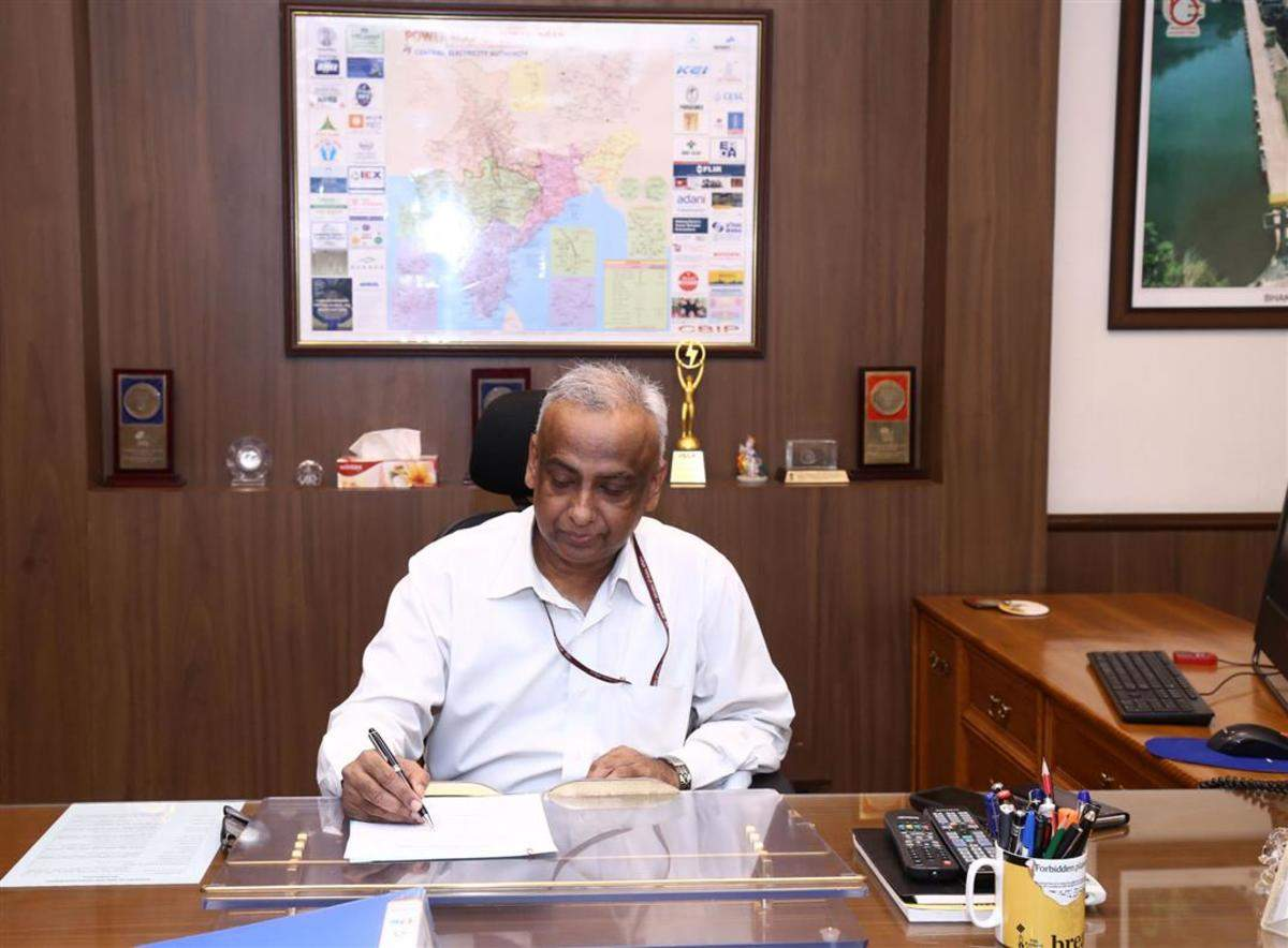 Sanjeev Sahai to be new chairman of oil regulator PNGRB   எண்ணெய் ஒழுங்குமுறை வாரியம் PNGRB யின் புதிய தலைவராக சஞ்சீவ் சஹாய் பொறுப்பேற்க உள்ளார்.  _40.1
