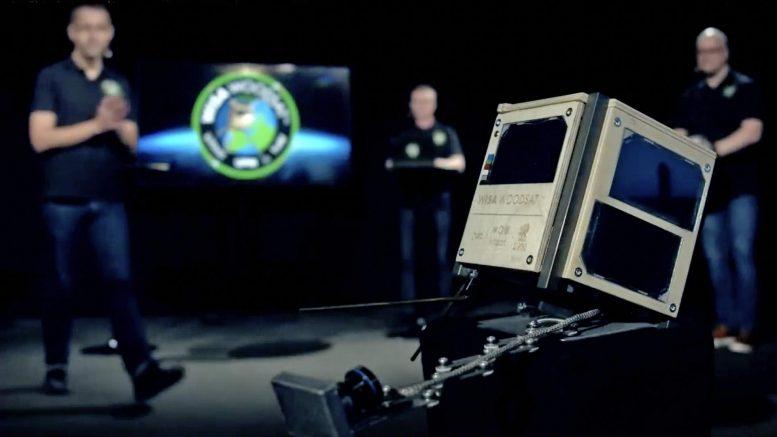 European Space Agency (ESA) will launch world's first wooden satellite   ஐரோப்பிய விண்வெளி நிறுவனம் (ESA) உலகின் முதல் மர செயற்கைக்கோளை ஏவுகிறது  _40.1