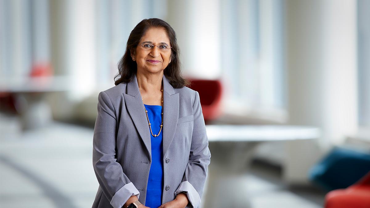 Sumita Mitra honoured with prestigious European Inventor Award   சுமிதா மித்ரா மதிப்புமிக்க ஐரோப்பிய கண்டுபிடிப்பாளர் விருதை வழங்கி கௌரவித்தது  _40.1