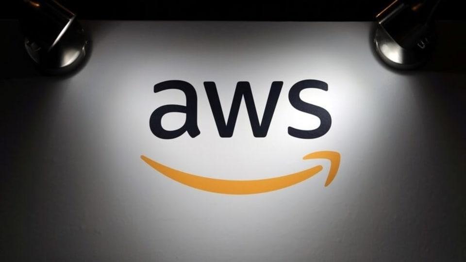 Amazon's AWS Acquires Encrypted Messaging App Wickr   அமேசானின் AWS மறைகுறியாக்கப்பட்ட செய்தியிடல் பயன்பாட்டு Wickr ஐ வாங்கியது  _40.1