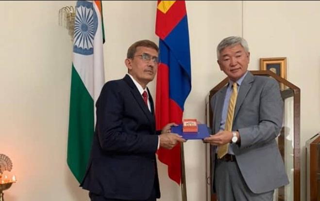 RK Sabharwal gets highest civilian award of Mongolia  R.K.சபர்வால் மங்கோலியாவின் மிக உயர்ந்த சிவில் விருதைப் பெறுகிறார்  _40.1