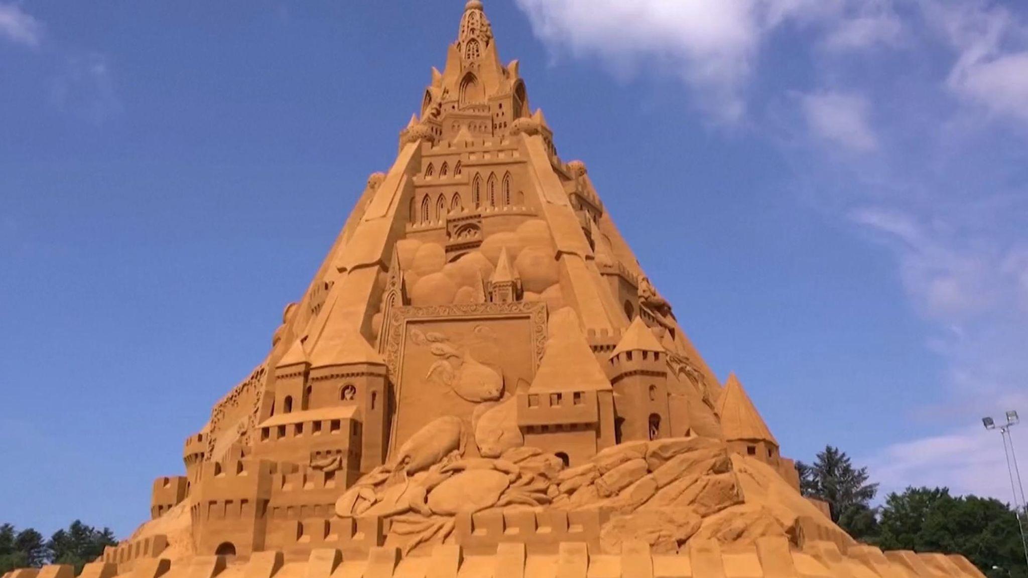 World's tallest sandcastle constructed in Denmark | டென்மார்க்கில் உலகின் மிக உயரமான மணல் கோட்டை கட்டப்பட்டது |_40.1