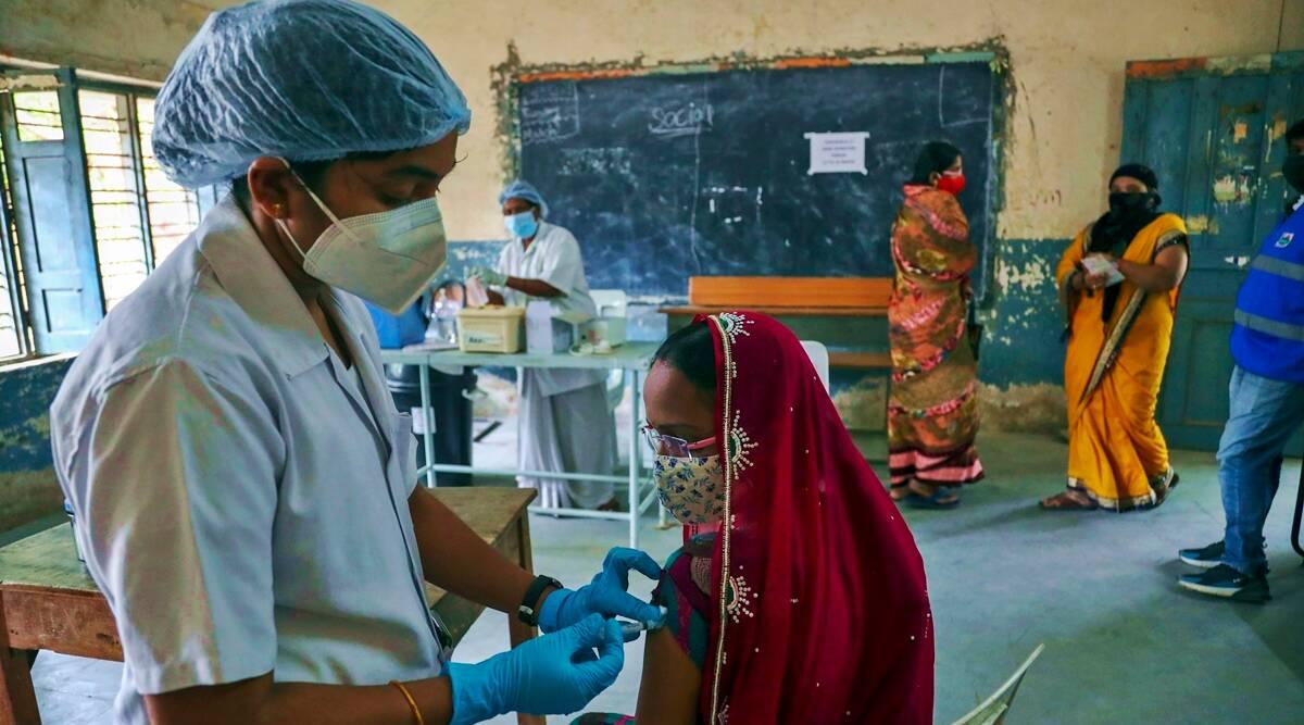 """Covid vaccination campaign for pregnant women in Kerala, """"Mathrukavacham""""   கேரளாவில் கர்ப்பிணிப் பெண்களுக்கு கோவிட் தடுப்பூசி முகாம், """"மாத்ருகாவச்சம்"""" தொடங்கப்பட்டது  _40.1"""