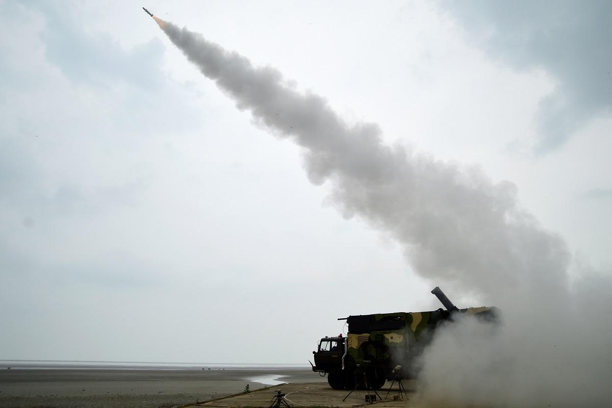 Daily Current Affairs - DRDO successfully test-flights surface-to-air missile 'Akash-NG' | DRDO வெற்றிகரமாக மேற்பரப்பில் இருந்து வான் ஏவுகணை 'ஆகாஷ்-NG' சோதனை செய்தது. |_40.1