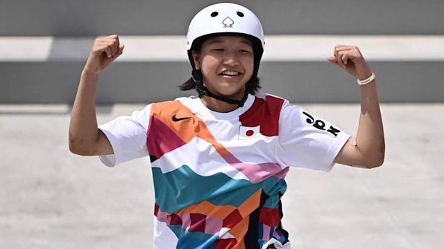 Momiji Nishiya becomes one of the youngest gold medal winners in Olympic   மோமிஜி நிஷியா ஒலிம்பிக்கில் தங்கப்பதக்கம் வென்ற இளையவர்களில் ஒருவரானார்  _40.1