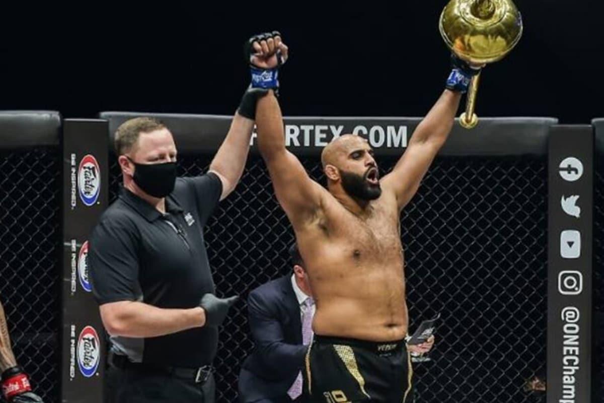 Arjan Bhullar becomes first Indian-origin fighter to win MMA title | MMA టైటిల్ ను గెలుచుకున్న తొలి భారతీయ ఫైటర్ ఆర్జన్ భుల్లార్ |_40.1