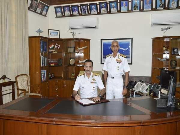 Vice-Admiral Ravneet Singh assumes charge as Deputy Chief of Naval Staff | వైస్ అడ్మిరల్ రవ్నీత్ సింగ్ నావికా దళ సిబ్బంది డిప్యూటీ చీఫ్ గా బాధ్యతలు స్వీకరించారు |_40.1