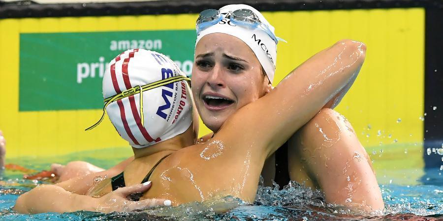Australian swimmer Kaylee McKeown breaks 100-meter backstroke world record | 100 మీటర్ల బ్యాక్ స్ట్రోక్ విభాగంలో ప్రపంచ రికార్డు సాధించిన కైలీ మెక్కీన్ |_40.1