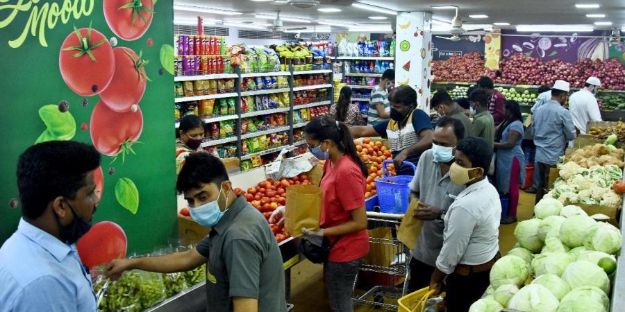 WPI inflation eases to 12.07 per cent in June | జూన్ లో 12.07 శాతానికి తగ్గిన WPI ద్రవ్యోల్బణం |_40.1