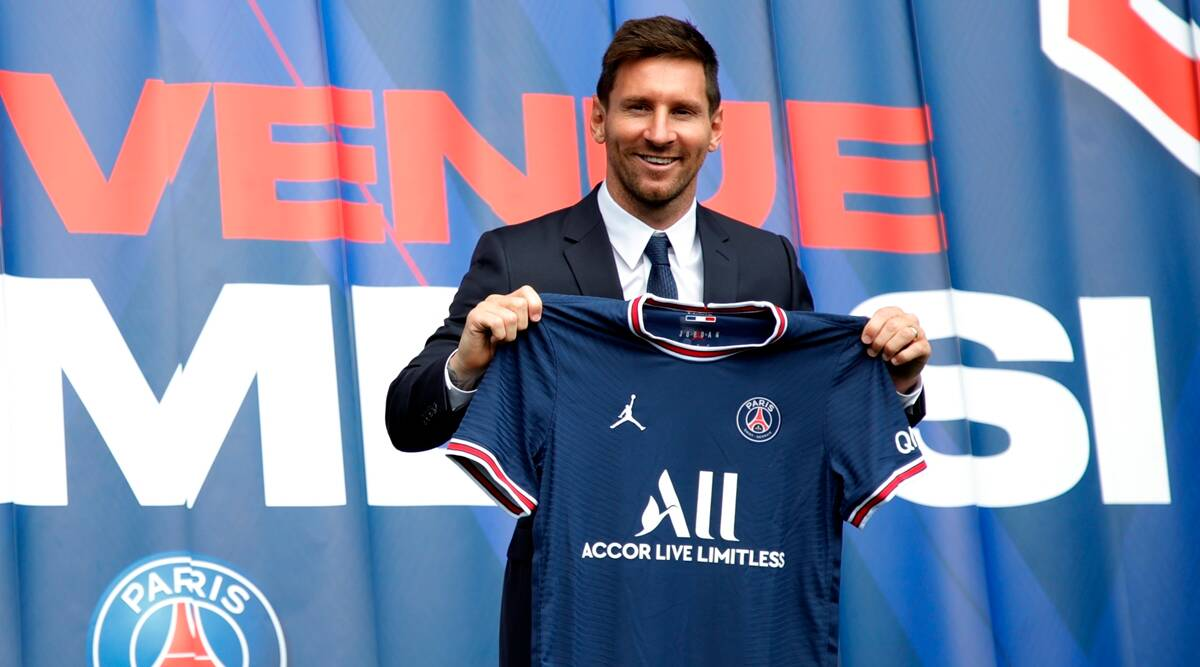 Messi signs for Paris St Germain after leaving Barcelona  _40.1